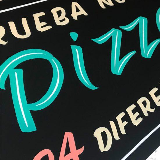 Pizarra-pintada-a-mano-restaurante_Pizzas